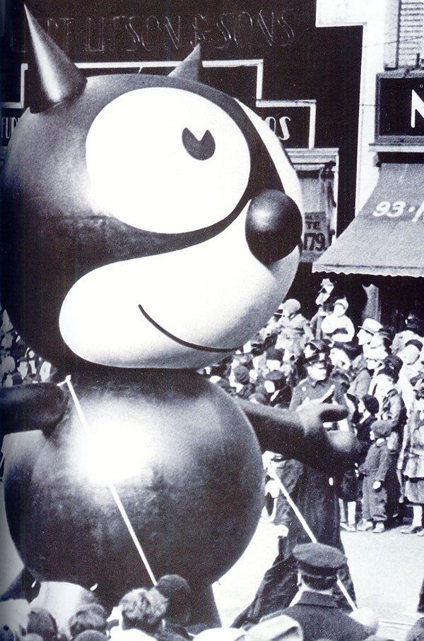 The first balloon in the 1927 parade- Felix the Cat