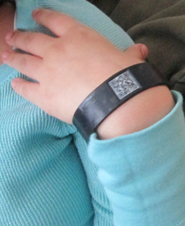 staying safe with elph band 3