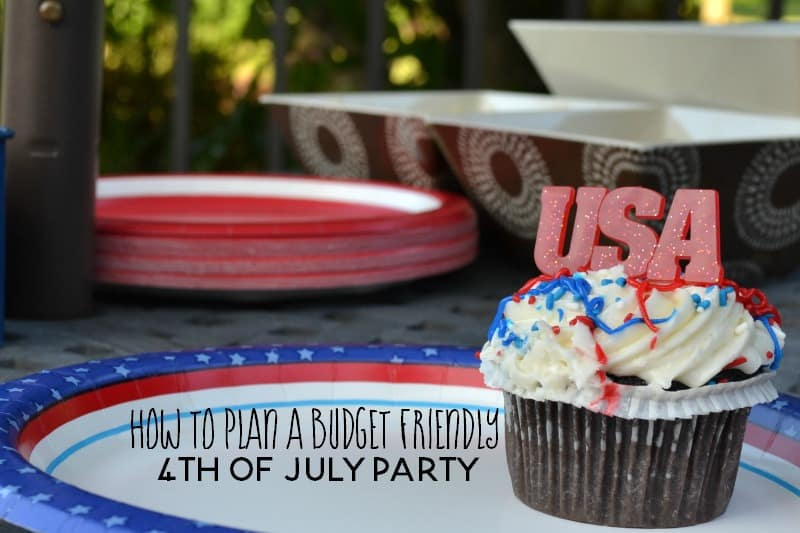 Planning a 4th of July party for your family and friends? Check out these budget friendly 4th of July party ideas.