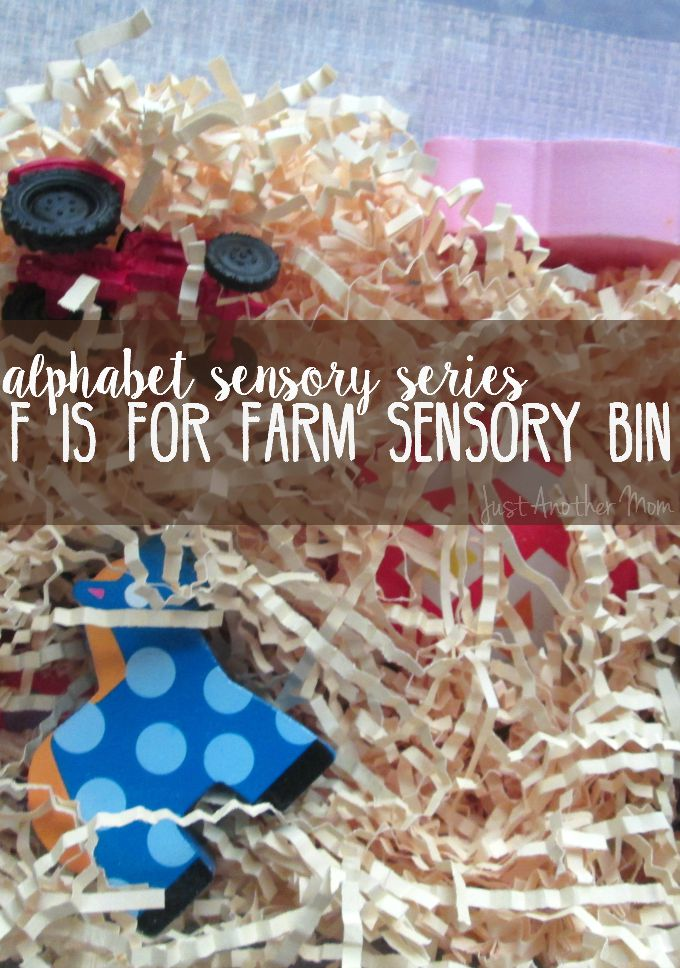 Looking for some farm themed sensory fun? Check out this fun and easy farm sensory bin.