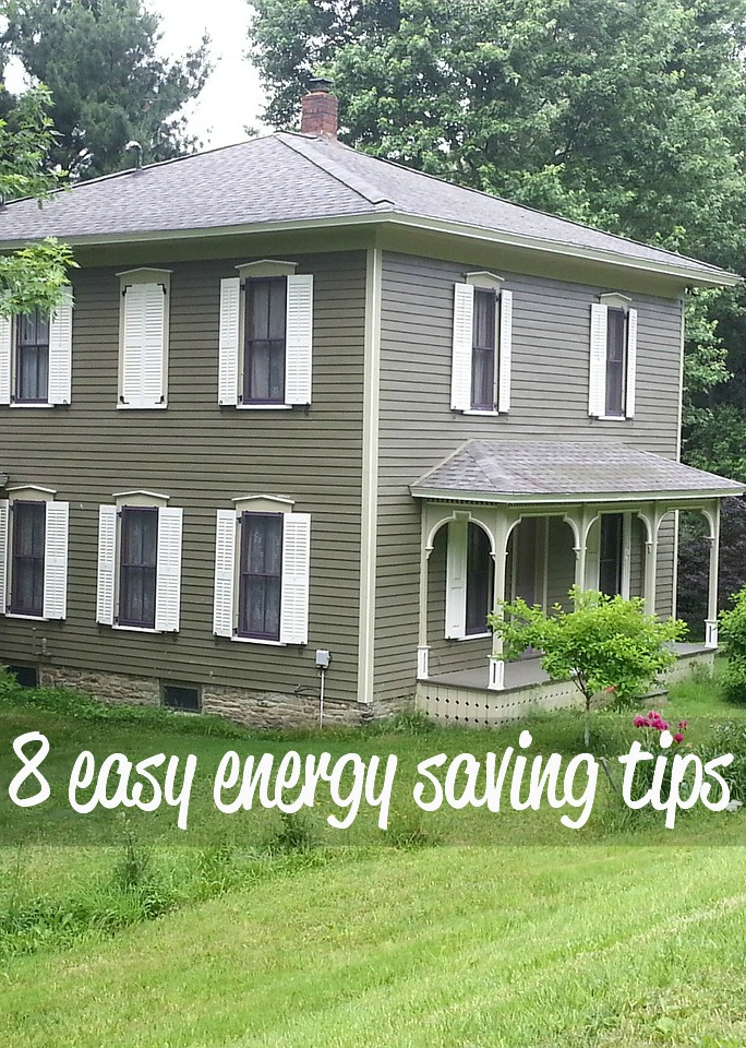Are you looking to cut down on your monthly bills? Try a few of these easy energy saving tips.