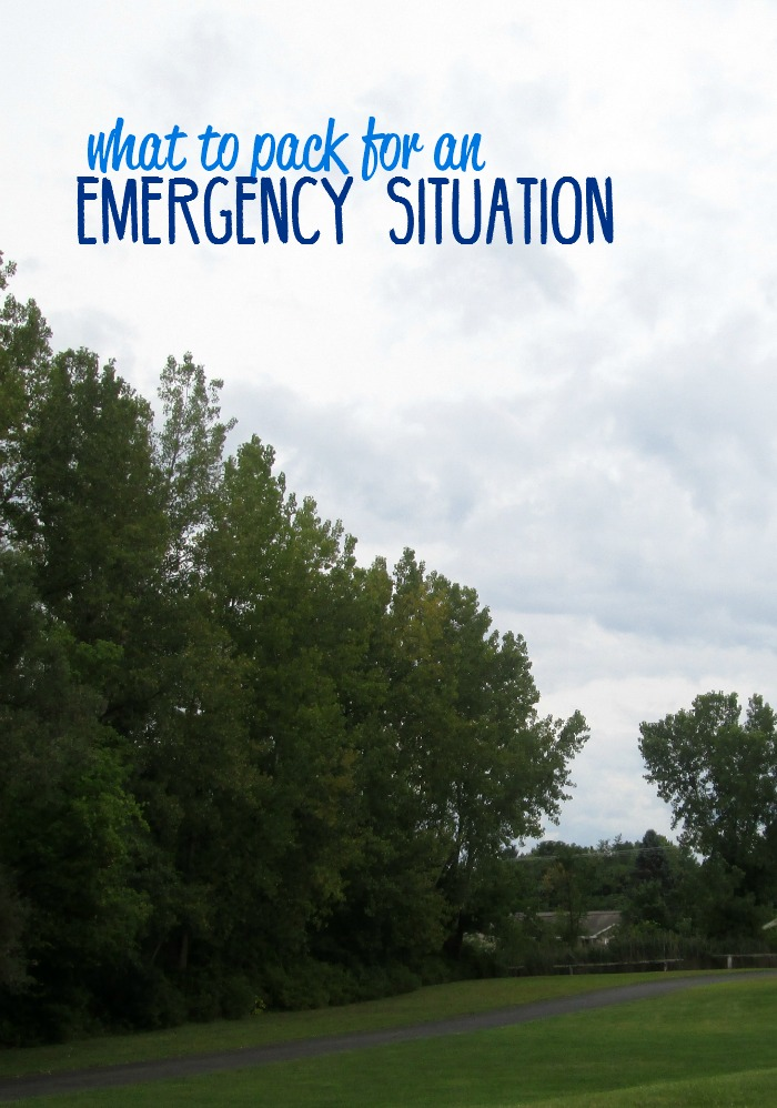 Are you prepared for an emergency or natural disaster? Here are a few helpful tips and a free printable checklist for what to pack in an emergency.