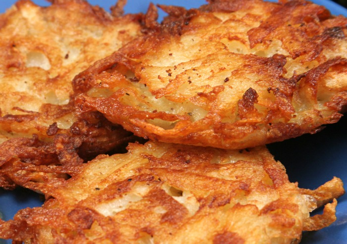 In need of a gluten free Hanukkah recipe? Try this one for traditional latkes.