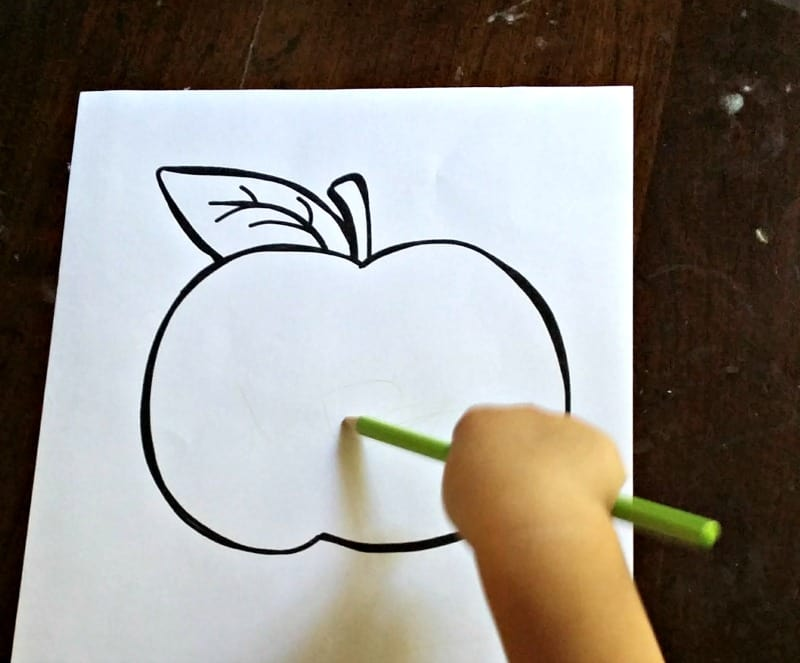 coloring-an-apple