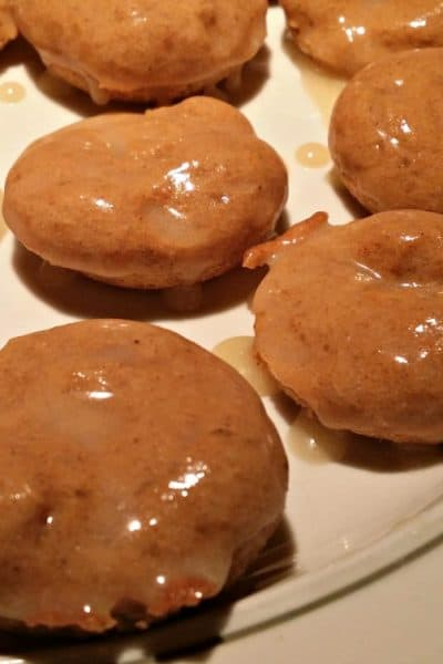 Super Easy Baked Maple Glazed Pumpkin Spice Donuts