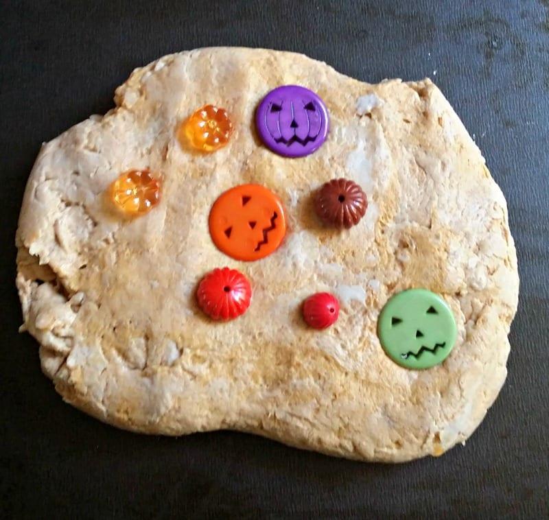 pumpkin-beads-in-dough