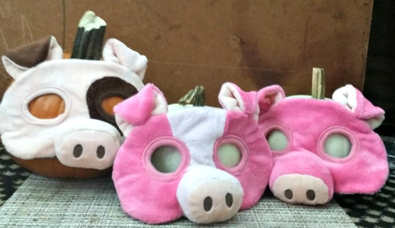 halloween-costume-ideas-pig-masks