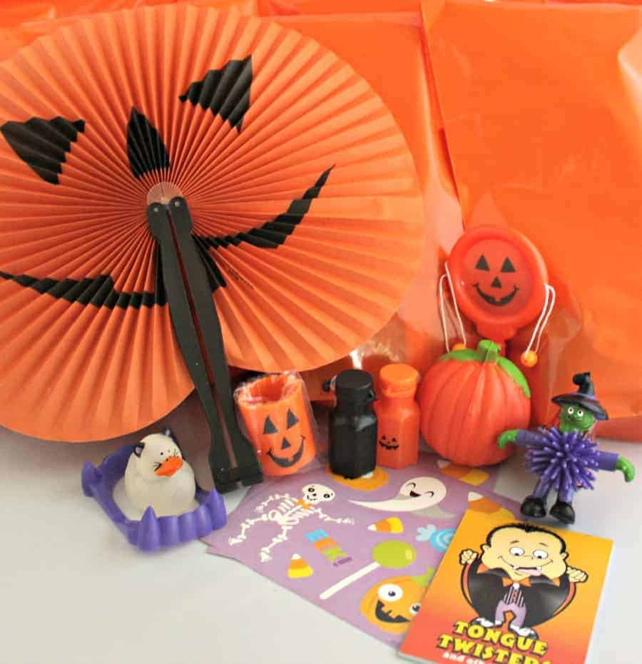 How to Assemble Candy Free Halloween Treat Bags 4