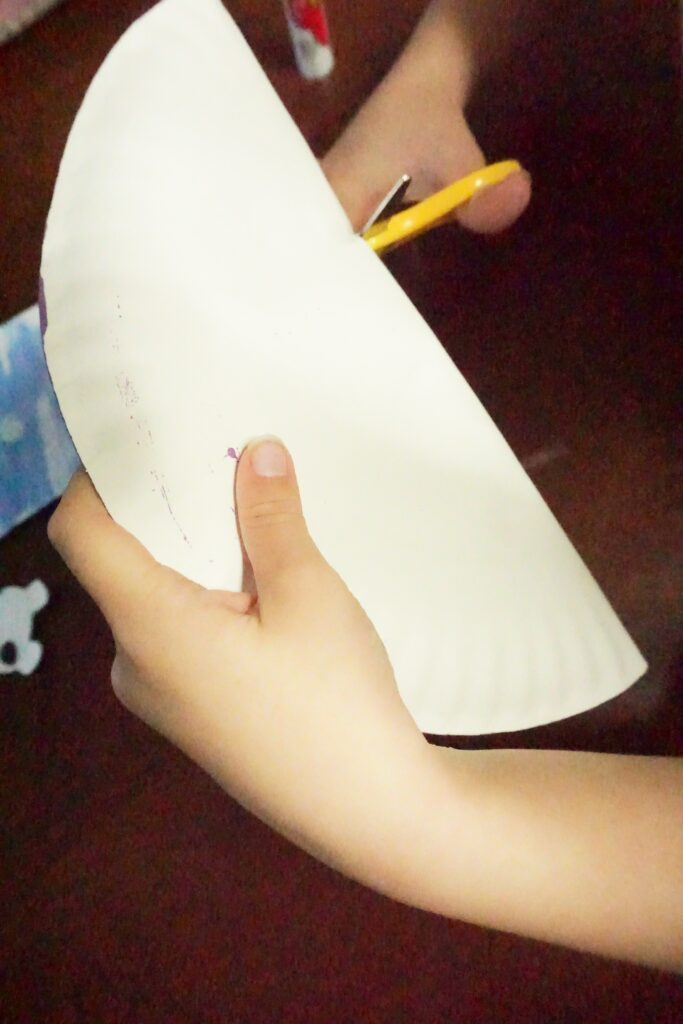Easy and Cute Olaf Paper Plate Craft for Kids 7