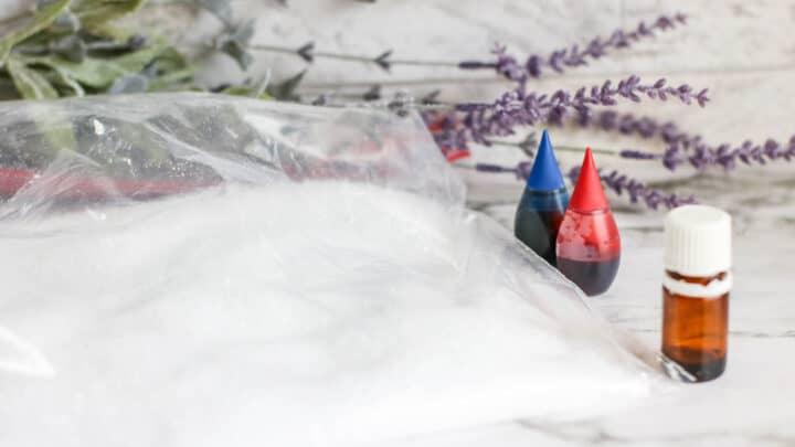 Easy DIY Lavender Bath Salts {Christmas Gift Idea} 4