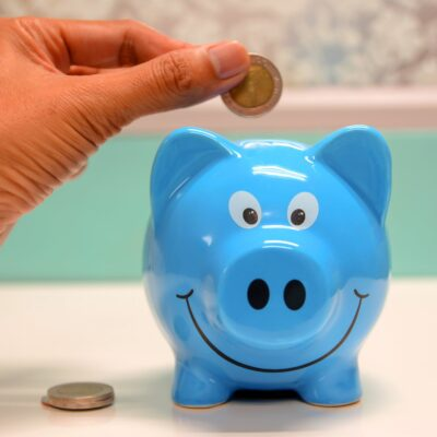 How To Help Your Kids To Safely Manage Their Money